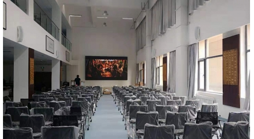 青岛某大学LED显示屏应用案例